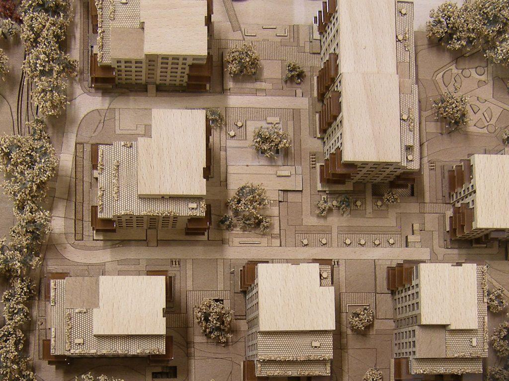 Cross Avenue Model in Solid Wood